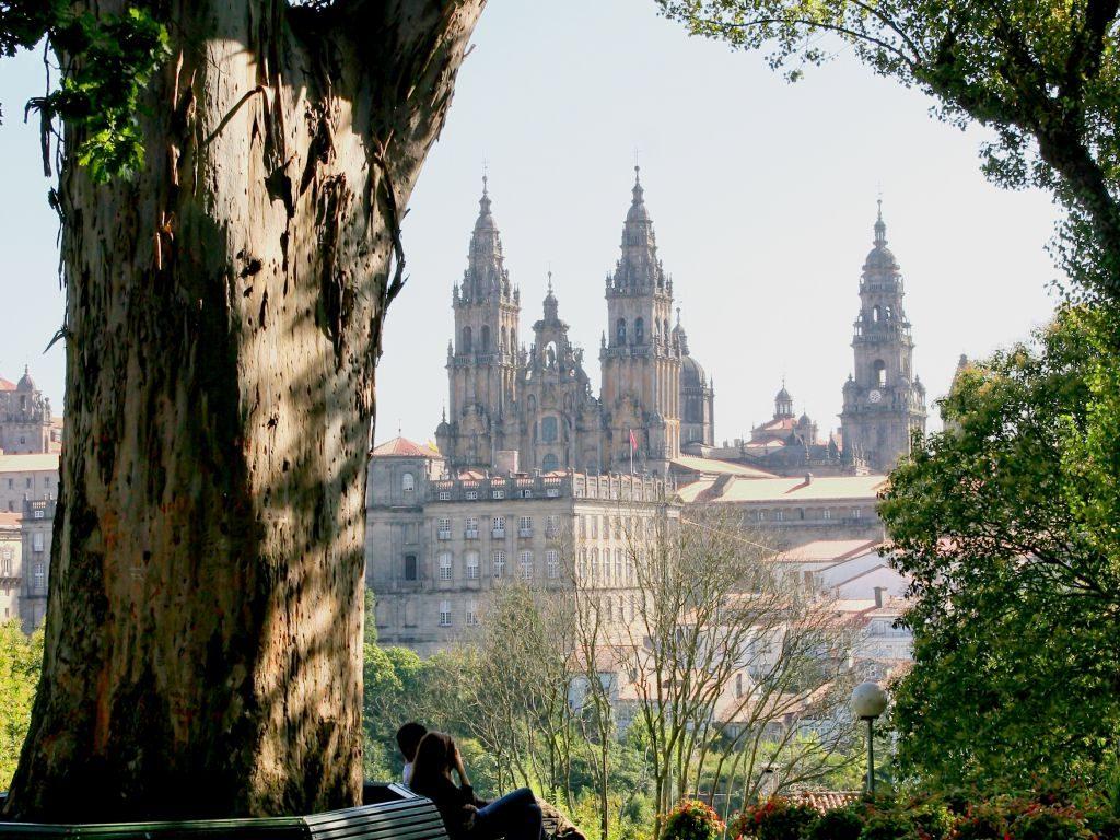 5 imágenes únicas de Santiago de Compostela - Alameda